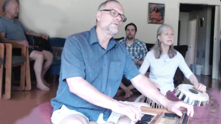 chanting trio